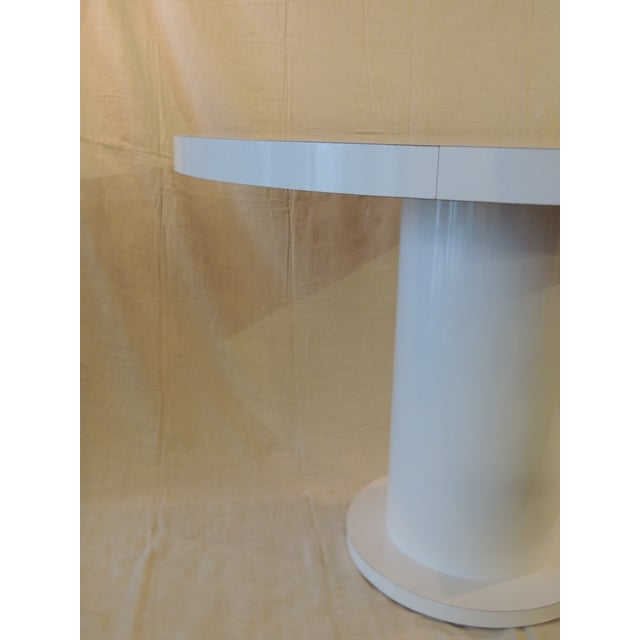 Vintage White Formica Circular Dining Table For Sale In Miami - Image 6 of 9