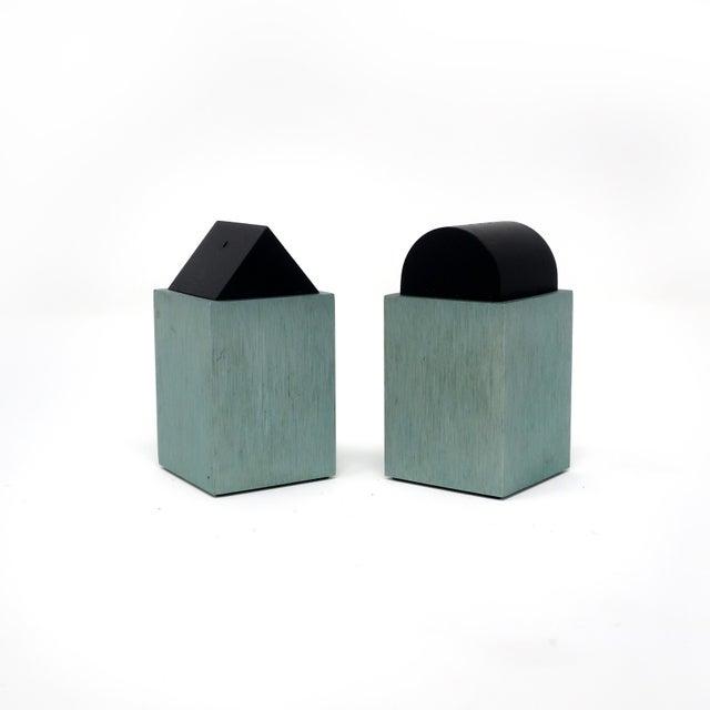 Metal Green Post Modern Salt & Pepper by David Tisdale for Elika For Sale - Image 7 of 7