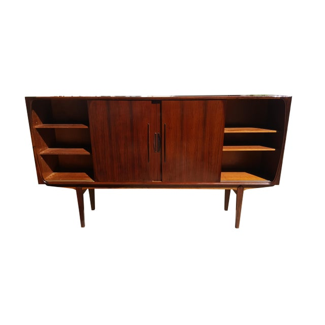 1960s Danish Modern Rosewood Credenza/Sideboard For Sale In Portland, ME - Image 6 of 12