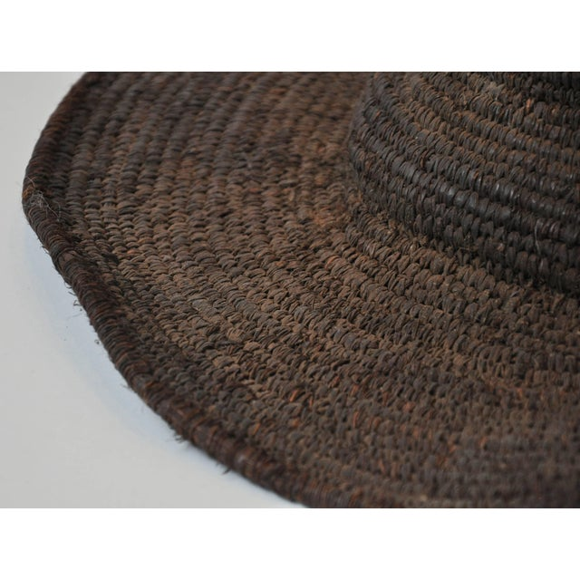 Early 20th Century Woven African Hat From Cameroon For Sale - Image 4 of 6