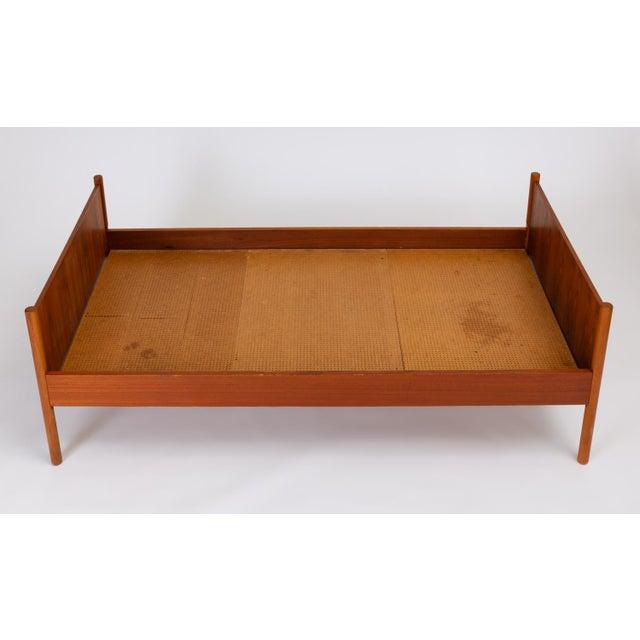 Single Scandinavian Modern Twin Bed by Westnofa For Sale In Los Angeles - Image 6 of 13