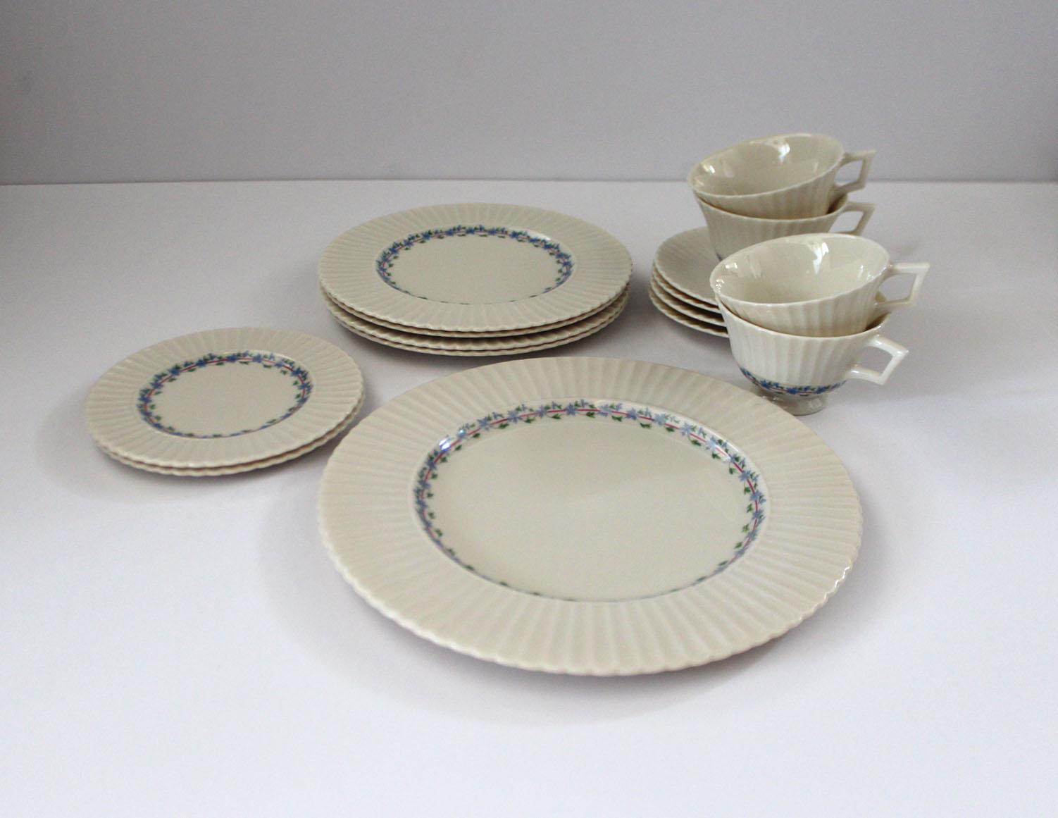 Delicieux Beautiful Fine China By Lenox. Plates And Tea Cups Are Surrounded By A Baby  Glue