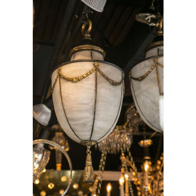 Edward F. Caldwell & Co. 1900s Caldwell Leaded Glass Lanterns - a Pair For Sale - Image 4 of 9