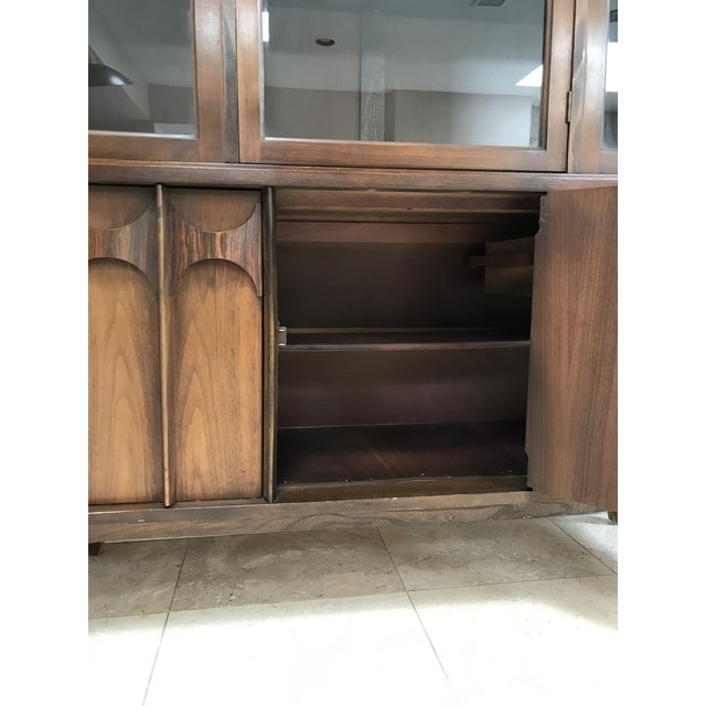Mid Century Modern Kent Coffey Perspecta Walnut and Rosewood China Hutch Credenza For Sale - Image 9 of 10