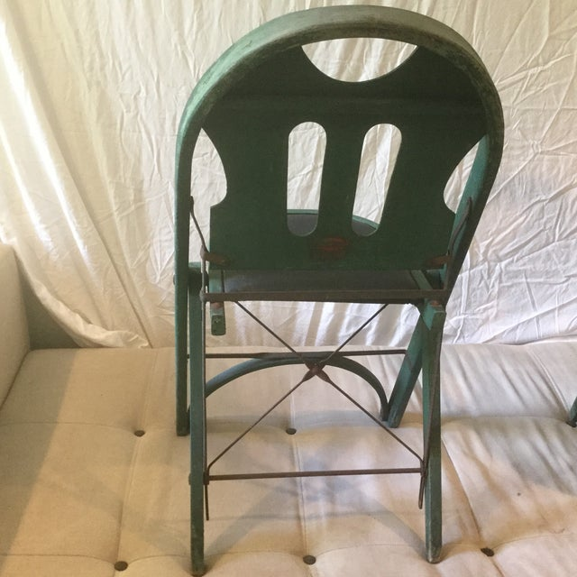 1920s Vintage Louis Rastetter & Sons Green Wood Folding Chairs - a Pair For Sale In Raleigh - Image 6 of 13