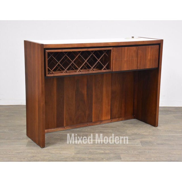 Dillingham Walnut Mid Century Bar For Sale - Image 11 of 11