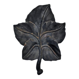 Wrought Iron Leaf Plate With Handle