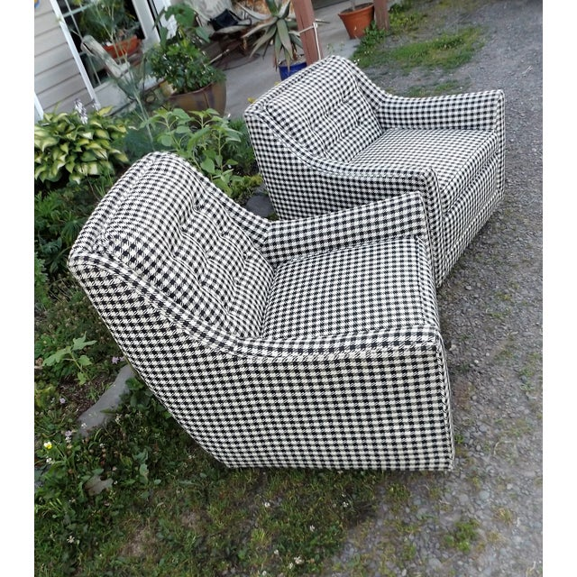 Kroehler Mid-Century Houndstooth Chairs - A Pair For Sale - Image 7 of 11