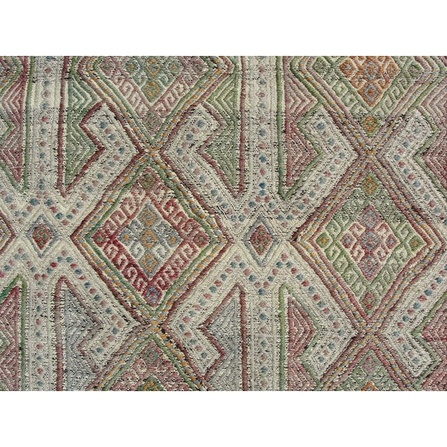 Vintage Turkish Kilim Rug - 5′7″ × 8′1″ For Sale In Houston - Image 6 of 11