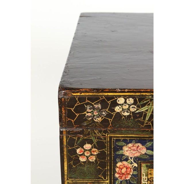 Asian 19th Century Chinese Painted Chest For Sale - Image 3 of 9