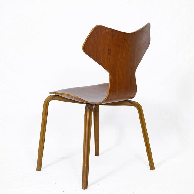 "Beech Set of Four Arne Jacobsen ""Grand Prix"" Chairs For Sale - Image 7 of 10"