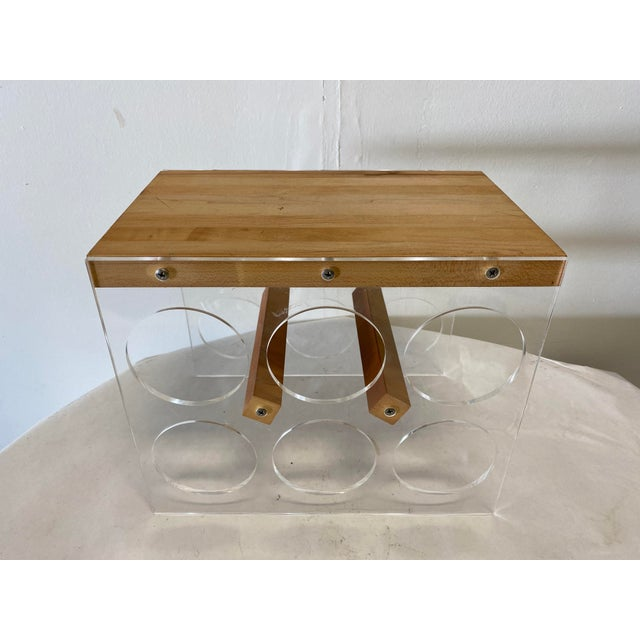 Brown Mid-Century Lucite and Butcher Block Wine Holder and Cheese Board For Sale - Image 8 of 8