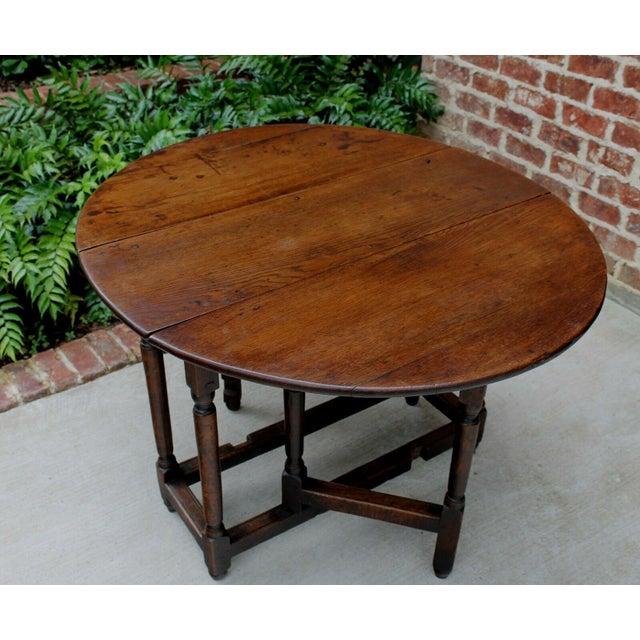 Antique English Traditional Oak Table Drop Leaf Gate Leg Farmhouse Sofa Table For Sale - Image 9 of 13