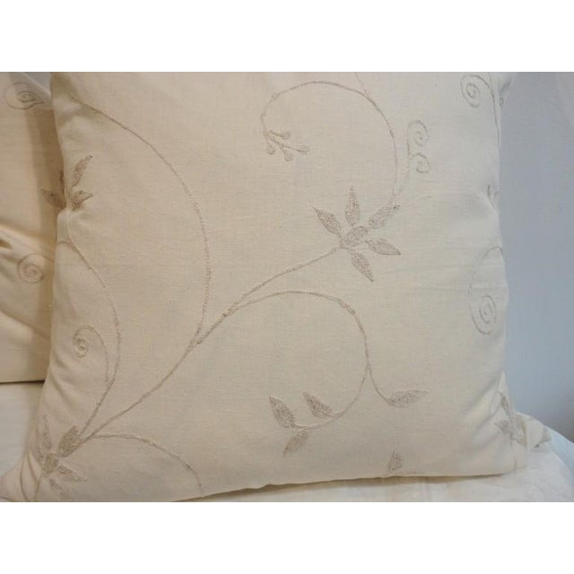 Primitive Pair of Amazing Cream Crewel Fabric Pillows with Linen Backing For Sale - Image 3 of 4