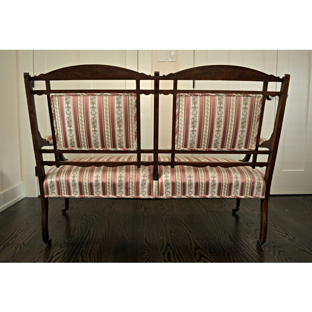 Edwardian Settee Beautifully Reupholstered For Sale In Pittsburgh - Image 6 of 8