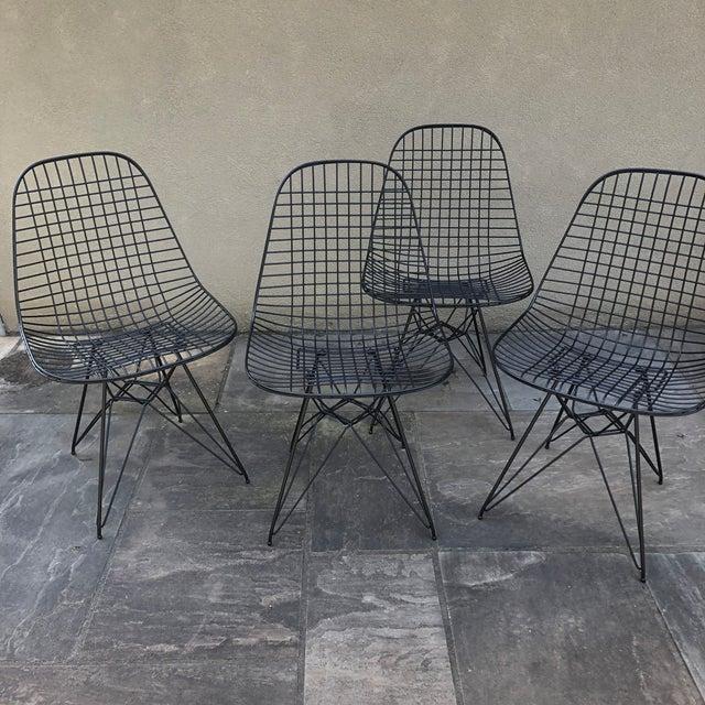 Industrial Herman Miller Eames Vintage Wire Chair Eiffel Original For Sale - Image 3 of 8