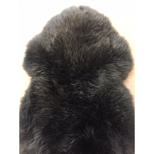 This charcoal sheepskin has beautiful density and natural sheen, crafted from premium quality New Zealand and Australian...