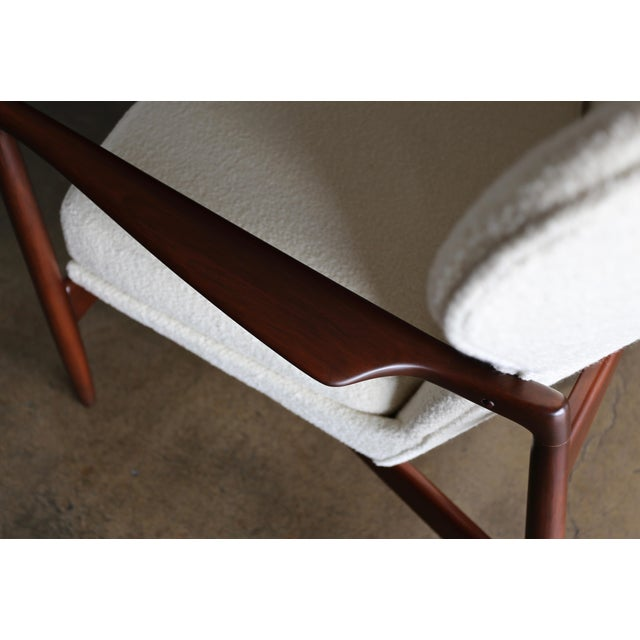 Mid 20th Century Ib Kofod-Larsen Wingback Lounge for Selig, Circa 1965 For Sale - Image 5 of 13