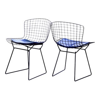 1960s Original Knoll Bertoia Side Chairs With Seat Cushions- a Pair For Sale
