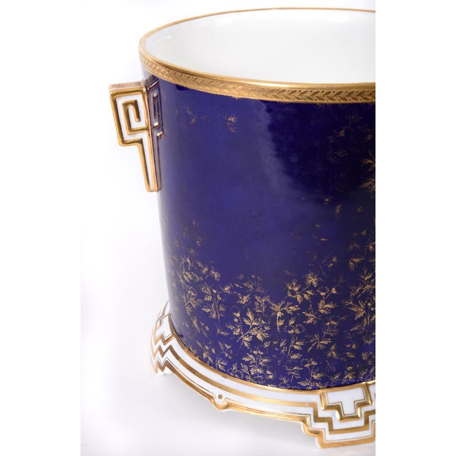 Late 19th Century Matching English Wedgwood Wine Coolers - a Pair For Sale In New York - Image 6 of 11