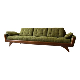 1960s Mid Century Modern Gondola Sofa Attributed to Kroehler For Sale