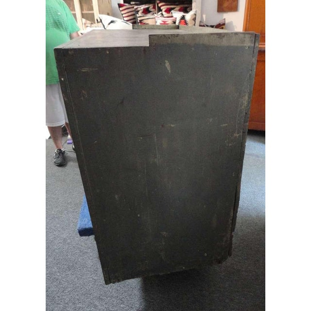 Mid 19th Century Early 19th century Original Grey Over Red Pennsylvania Hutch/Cupboard For Sale - Image 5 of 8