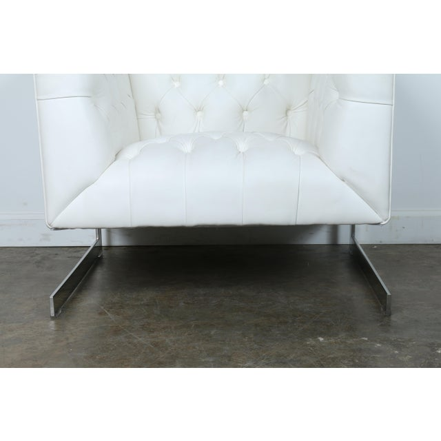 Modern Chesterfield Tufted Chair - Image 3 of 11