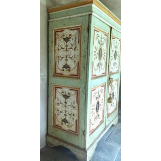 Painted Armoire, Gustavian Preview
