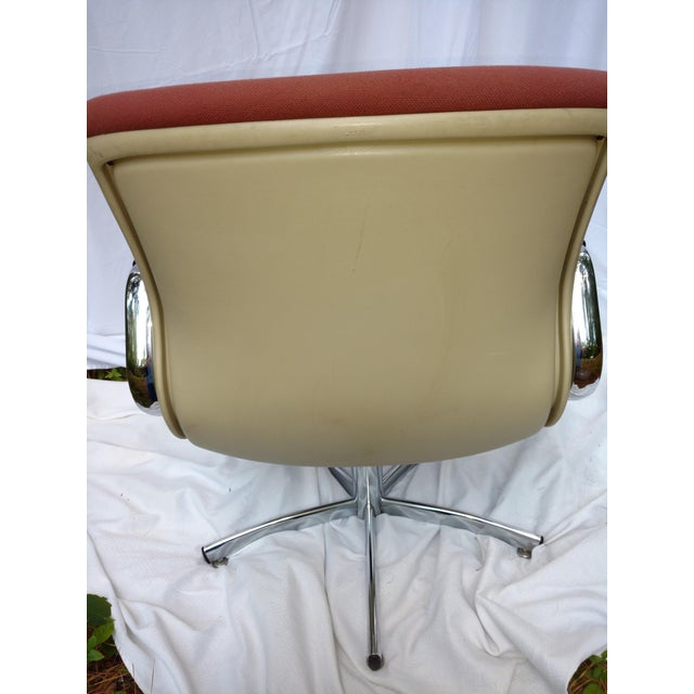 Steelcase Vintage Steelcase Office Chair For Sale - Image 4 of 6