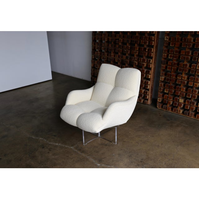 Vladimir Kagan Lucite and Bouclé Swivel Lounge Chair Circa 1970 For Sale - Image 12 of 13