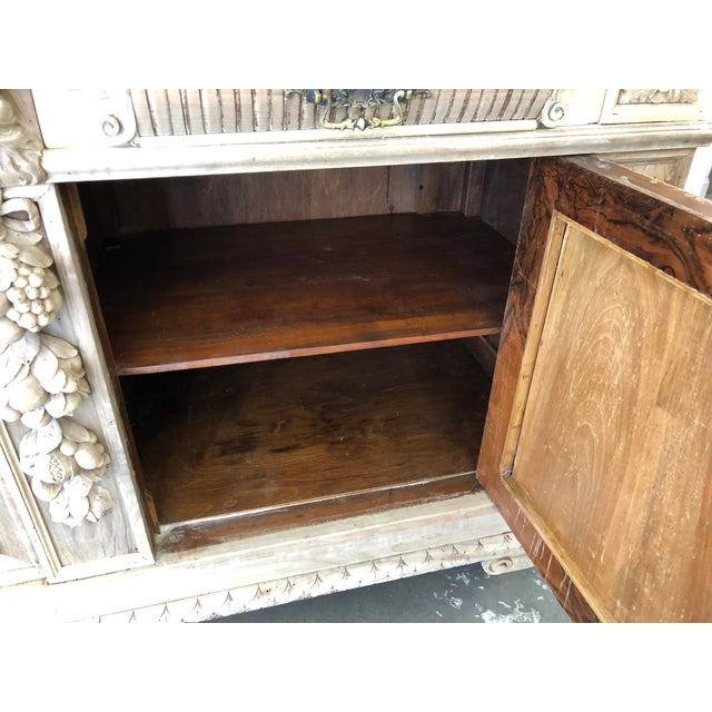 19th Century Italian Walnut Carved Buffet For Sale In Atlanta - Image 6 of 11