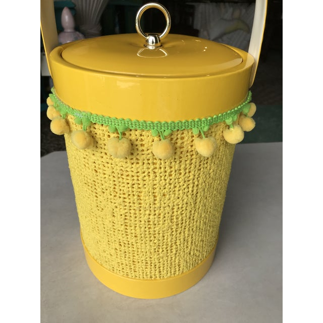 Vintage Mid-Century Modern Yellow Fringed Ice Bucket For Sale - Image 4 of 10