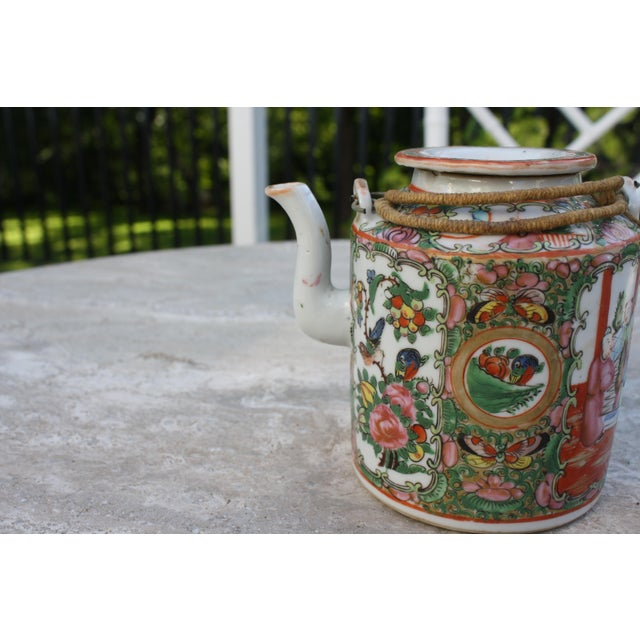 Chinese Export Rose Medallion Teapot - Famille Rose - Rose Canton - c. 1900 For Sale In Dallas - Image 6 of 11