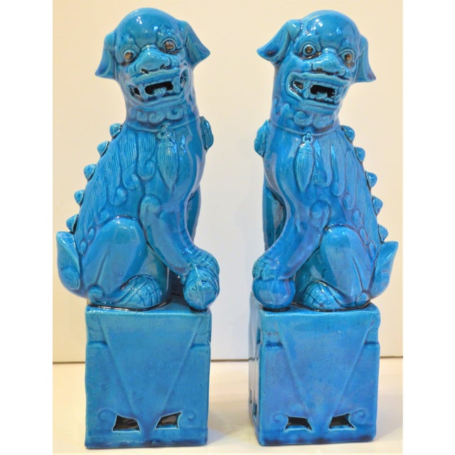 Chinoiserie 1980s Chinese Turquoise Glazed Large Foo Dog Figurines - a Pair For Sale - Image 3 of 9