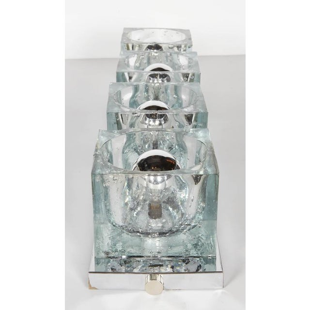 Transparent Mid-Century Modern Wall Light with Cubist Design by Gaetano Sciolari For Sale - Image 8 of 11