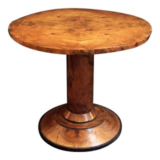 French Round Table or Gueridon of Burr Walnut For Sale