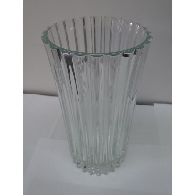 White 20th Century French Crystal Vase For Sale - Image 8 of 8
