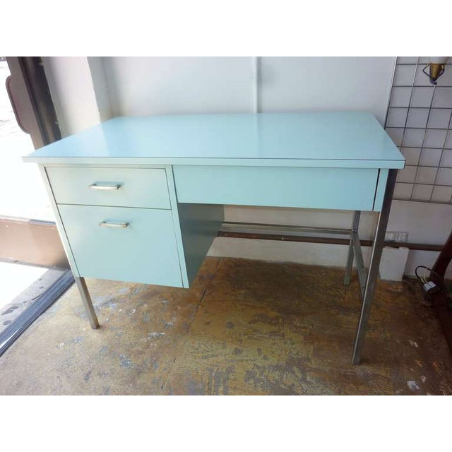American 1950s Desk and Chair by Vista Furniture - Image 2 of 6