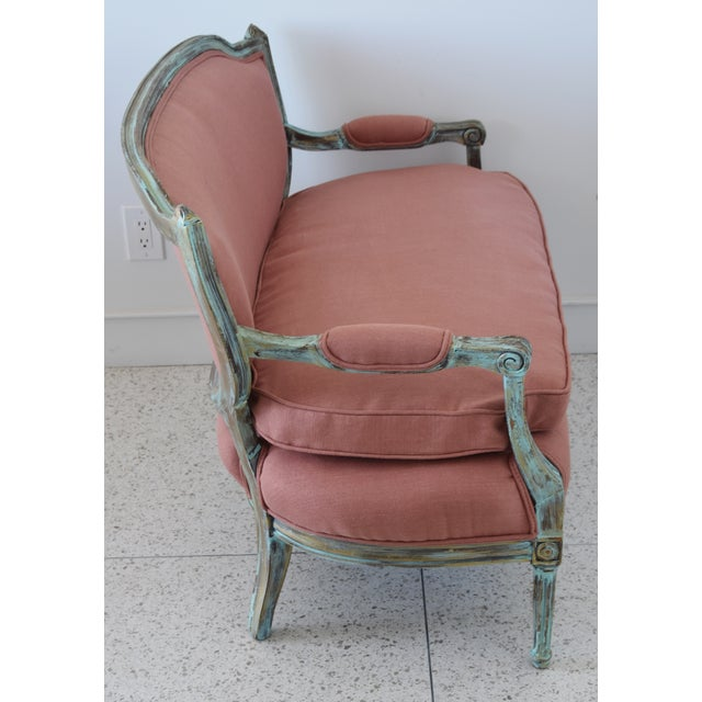Fabric Rose Linen Upholstered Turquoise and Gold Gilt Accented Settee Loveseat For Sale - Image 7 of 13