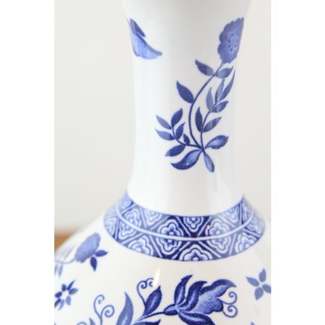 Blue Blue and White Coalport Decanter For Sale - Image 8 of 10