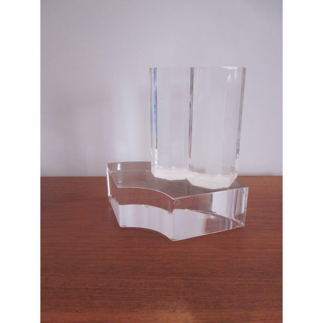 Thick Modernist Two-Tiered Lucite Display Art - Image 9 of 9