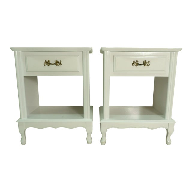 French Provincial Style White Nightstands - a Pair For Sale