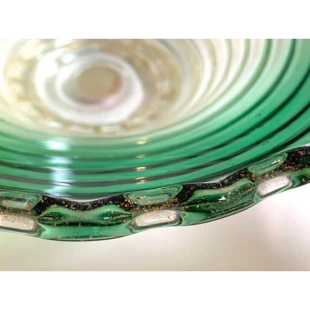 1960s Vintage Murano Glass Green Scalloped Candy Dish With Gold Flecks For Sale - Image 5 of 8