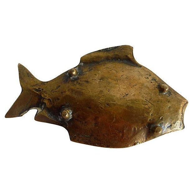 Vintage English brass fish tray with feet. Unsigned.