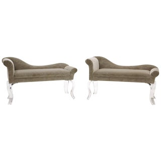 Pair of Modern Recamiers, Light Gray Upholstery and Lucite Sculptural Legs For Sale