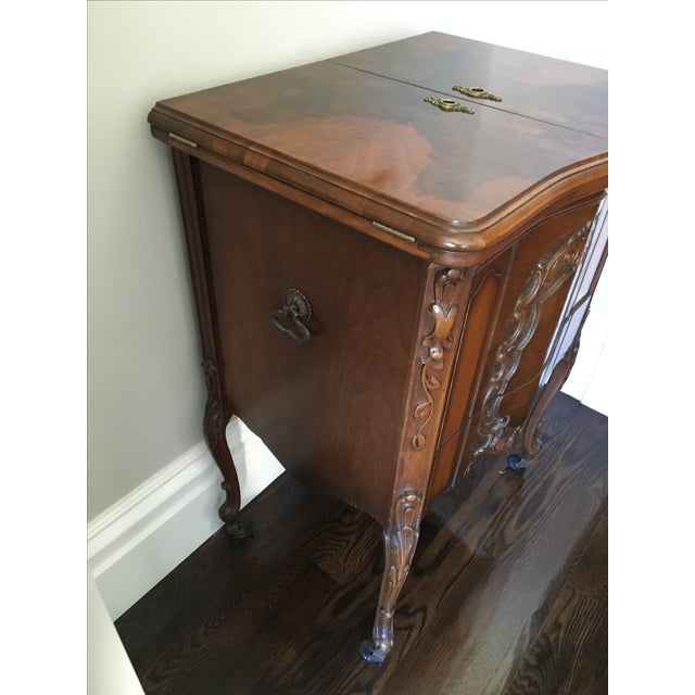 American Art Deco Walnut Bar/Side Cabinet - Image 3 of 6