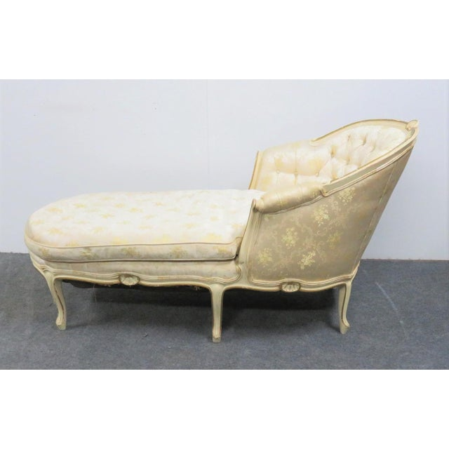 Louis XV Style Cream Painted Chaise Lounge For Sale - Image 4 of 7