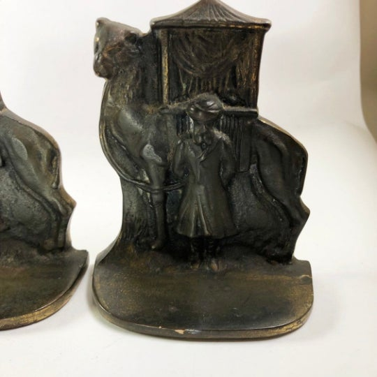 African North African Mid-Century Brass Bookends - a Pair For Sale - Image 3 of 5