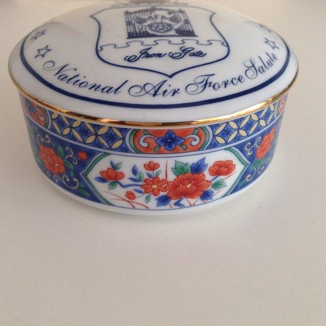 Tiffany & Co. Porcelain Trinket Box - Image 3 of 9