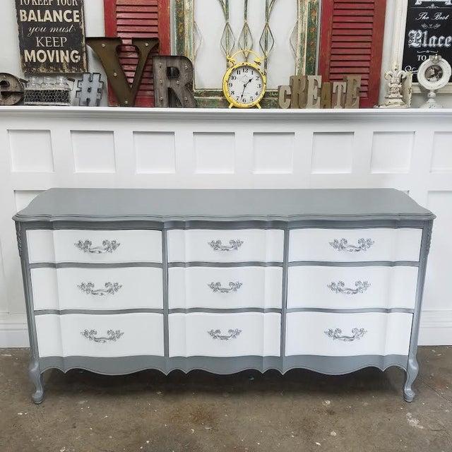 French Platinum Gray Dresser - Image 3 of 5